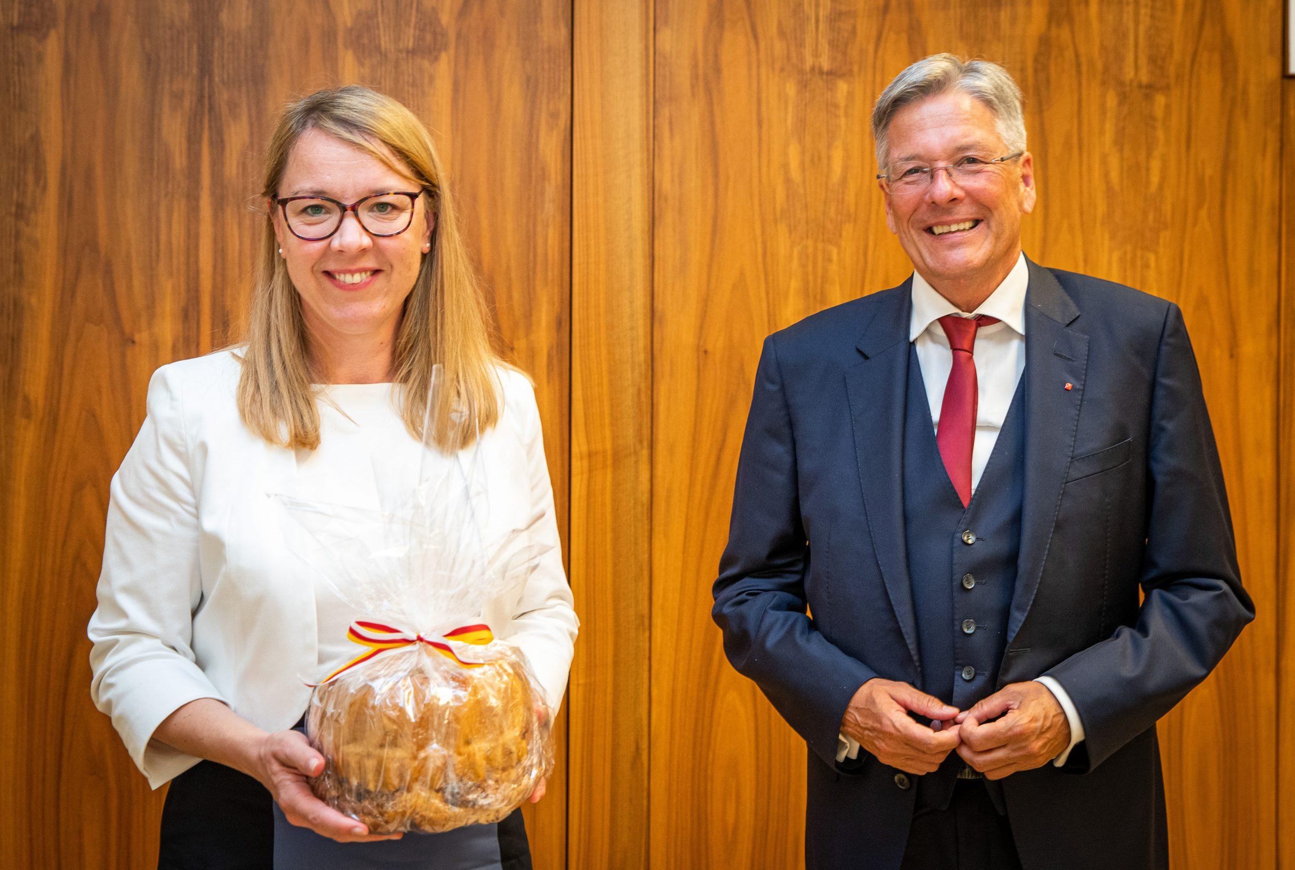 Ministrica dr. Helena Jaklitsch in koroški deželni glavar Peter Kaiser.