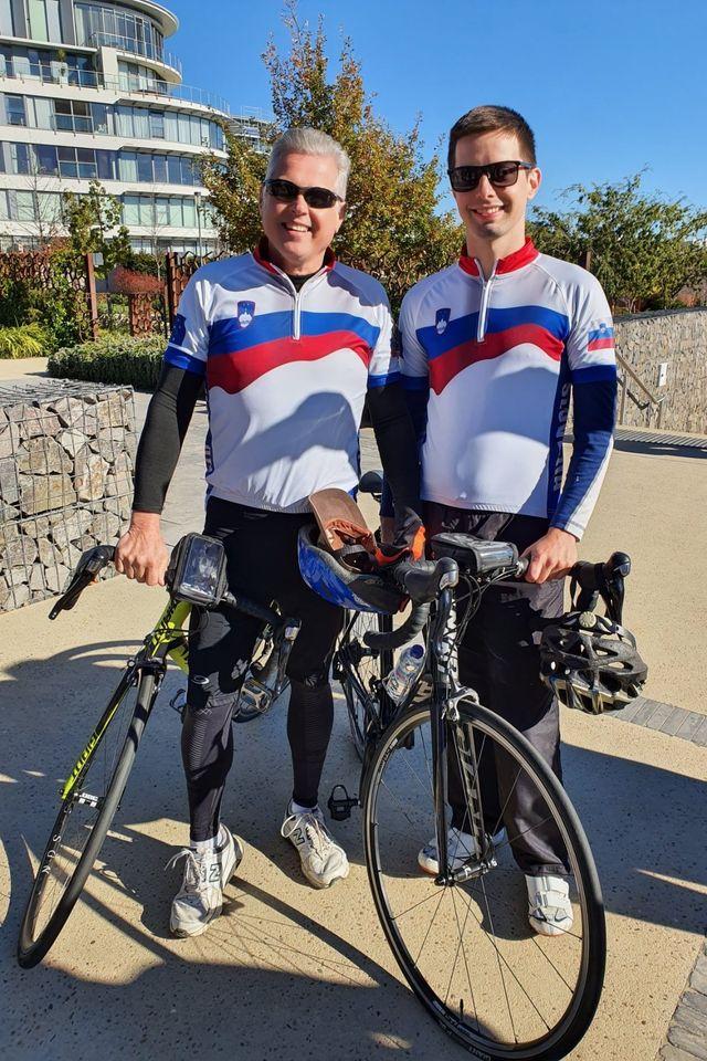 Člana kolesarskega društva Triglav Mounties